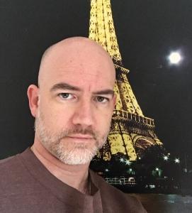 Me-Eiffel1