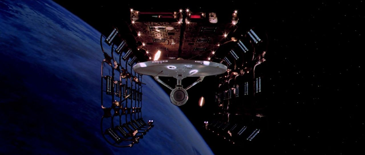 USS_Enterprise_(NCC-1701)_in_spacedock