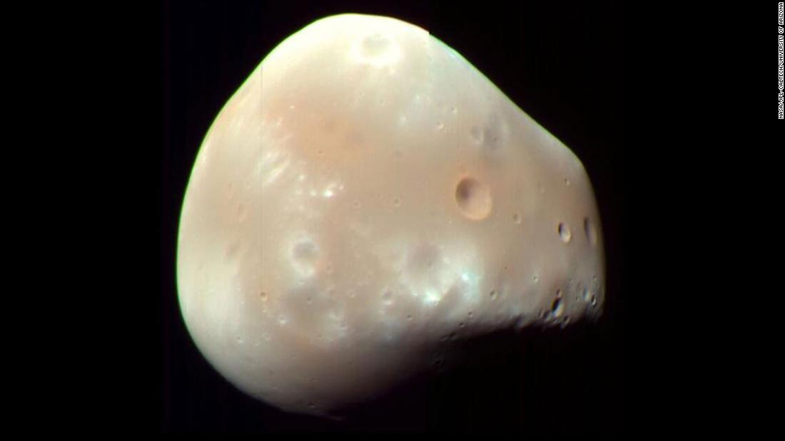 deimos-mars-moon-super-169